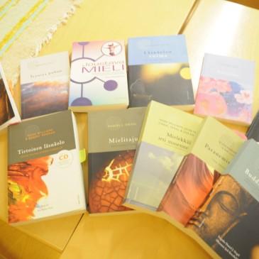 Kirjoja terveyden ja hyvinvoinnin tueksi